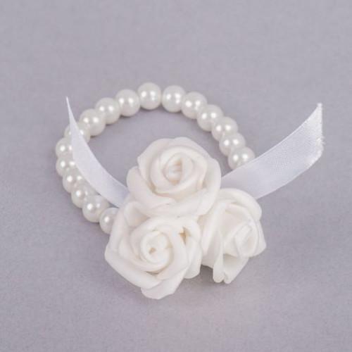 Corsaj margele cu trei trandafiri albi