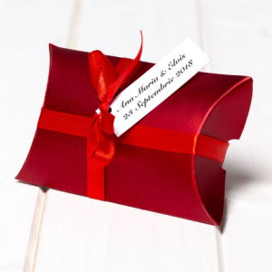 Marturii nunta cutiute cadou bordo