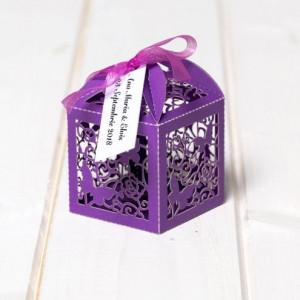 Marturii nunta cutiute laser cut cu fluturas mov