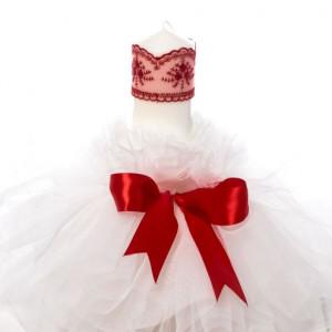 Lumanare botez cu tulle alb si decor rosu