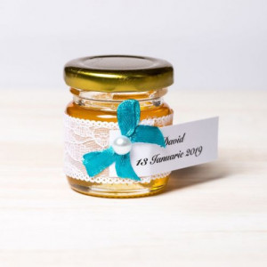 Marturii botez borcanele miere cu dantela alba si fundita turcoaz