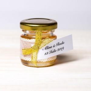 Marturii borcanele miere botez fundita aurie si dantela cu fir auriu