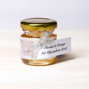 Marturii borcanele miere botez fundita argintie si dantela cu fir argintiu