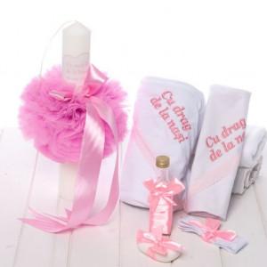 Set botez roz pudra lumanare si trusou Cu drag de la nasi