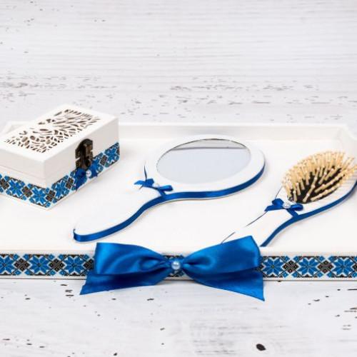 Set gatitul miresei cu decor traditional si fundite albastre
