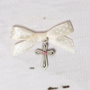 Cruciulite botez cu pietricica roz si fundita ivory cu buline