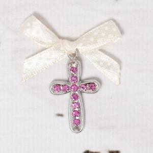Cruciulite botez cu strassuri roz si fundita ivory cu buline albe