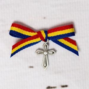 Cruciulite botez cu pietricica transparenta si fundita tricolor