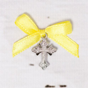 Cruciulite botez argintii cu fundita galbena