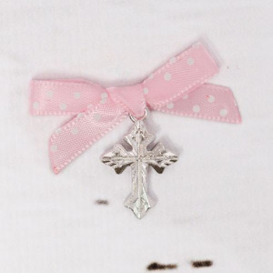 Cruciulite botez argintii cu fundita roz cu buline albe