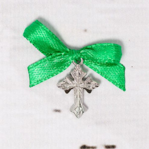 Cruciulite botez argintii cu fundita verde