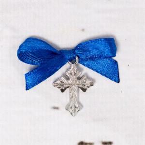 Cruciulite botez argintii cu fundita albastra