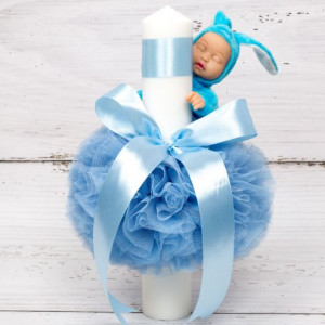 Lumanare botez cu tulle, panglica si bebelus cu costumas bleu