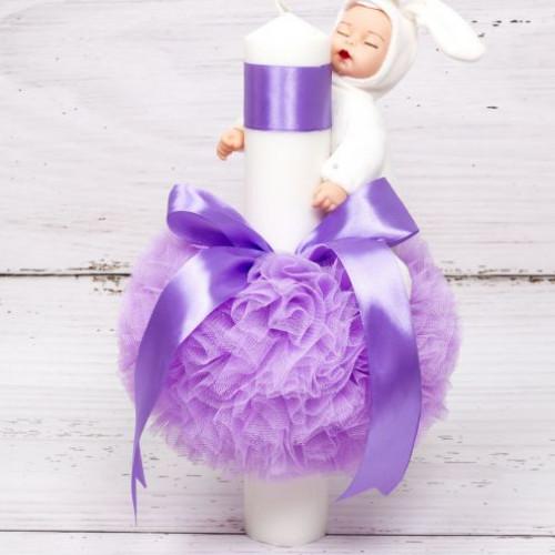 Lumanare botez cu decor lila si jucarie bebelus alb