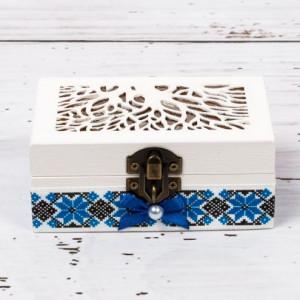 Cutiuta verighete nunta cu decor traditional si fundita albastra