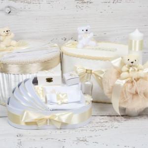 Set cutie de dar, cutie hainute, trusou si lumanare botez decor ivory si ursuleti
