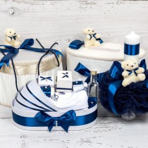 Set cutie de dar, cutie hainute, trusou si lumanare botez decor bleumarin si ursuleti