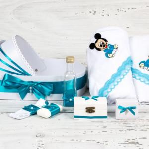 Trusou botez in landou Baby Mickey Mouse cu decor turcoaz