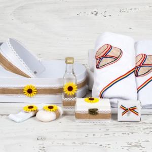Trusou in landou model iuta, floarea-soarelui, clop si tricolor