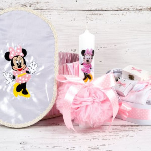 Set botez Minnie Mouse cutie hainute, lumanare biserica si trusou cu decor roz si buline