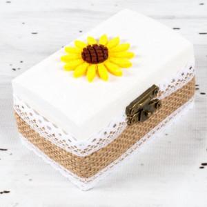 Cutiuta mot botez iuta si floarea-soarelui