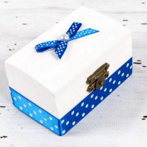 Cutiuta mot botez decor albastru si buline albe