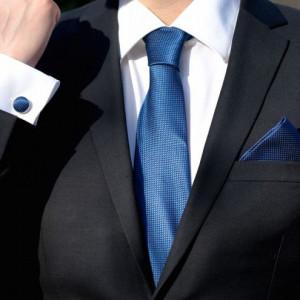 Set bleumarin cravata, batista si butoni camasa
