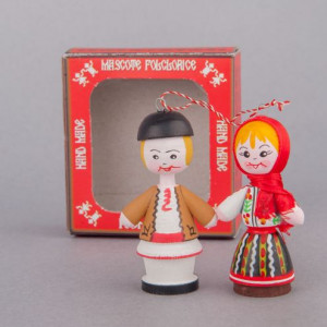 Marturii figurine traditionale din lemn - port popular Moldova