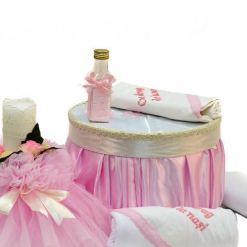 Set botez cutie, trusou si lumanare biserica roz
