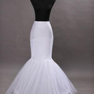 Jupon rochie de mireasa sirena cu un cerc