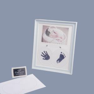 Rama foto bleu bebelus cu amprente manuta si piciorus