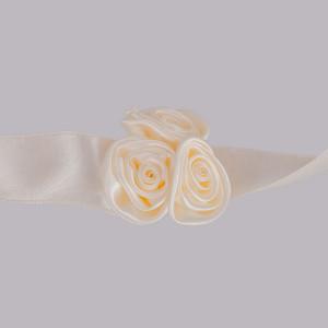 Corsaj trandafiri ivory