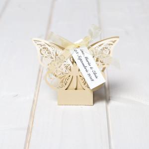 Marturii nunta cutiute fluture ivory