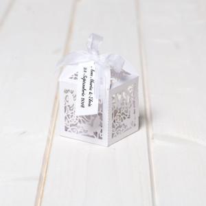 Marturii botez cutiute laser cut cu fluturas alb