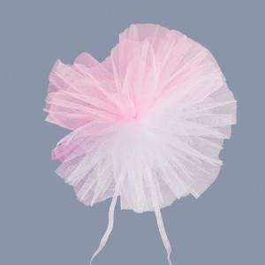 Decor masini nunta din tulle roz