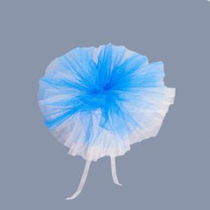 Decor masini nunta din tulle albastru