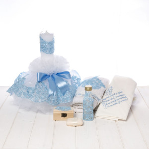 Set botez lumanare si trusou dantela bleu cu rugaciune