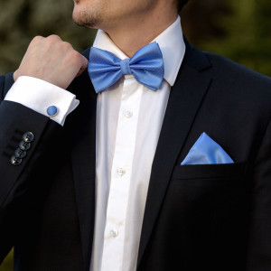 Set bleu papion mire, batista si butoni camasa