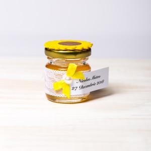 Marturii botez borcanele miere dantela alba si floarea-soarelui