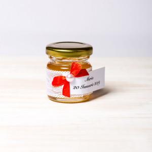 Marturii botez borcanele miere cu dantela alba si fundita rosie