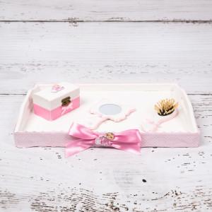 Set tavita mot/turta roz cu figurina GIRL