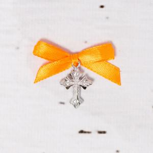 Cruciulite botez biserica cu fundita portocalie