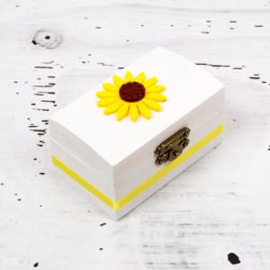 Cutiuta mot botez floarea-soarelui