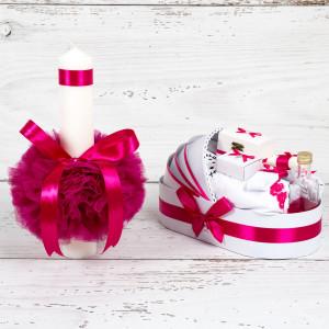 Set botez lumanare roz fucsia si trusou Hello Kitty in landou