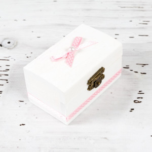 Cutiuta mot botez decor roz si buline