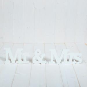 Decoratiune nunta Mr & Mrs